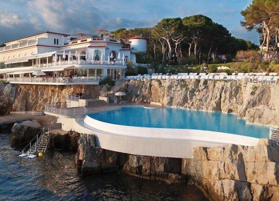 Hotel Du Cap Pool Sml 710x395 1 550x395